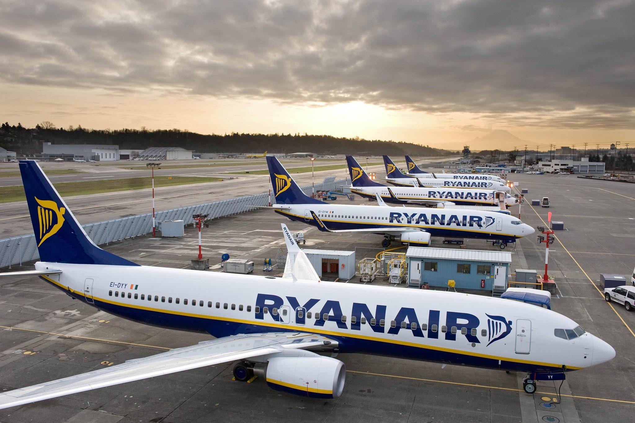 самолеты boeing лоукостера Ryanair
